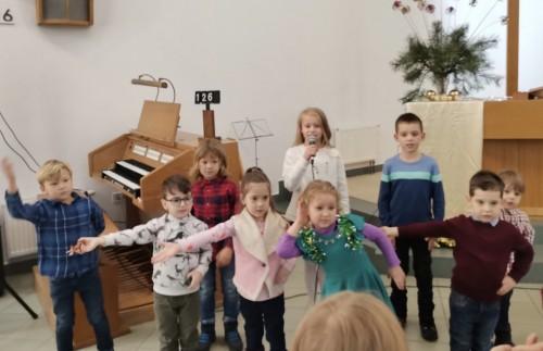 дети выступление 03
